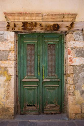 Green Door Chania
